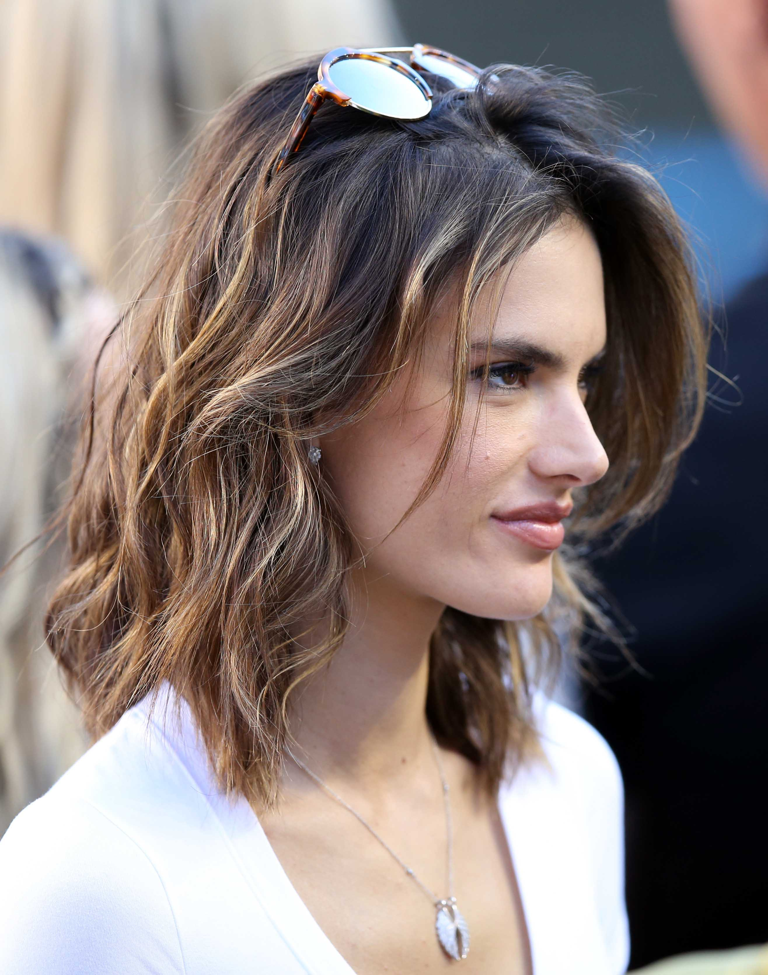 Dark Hair With Highlights 8 Of The Best A List Examples