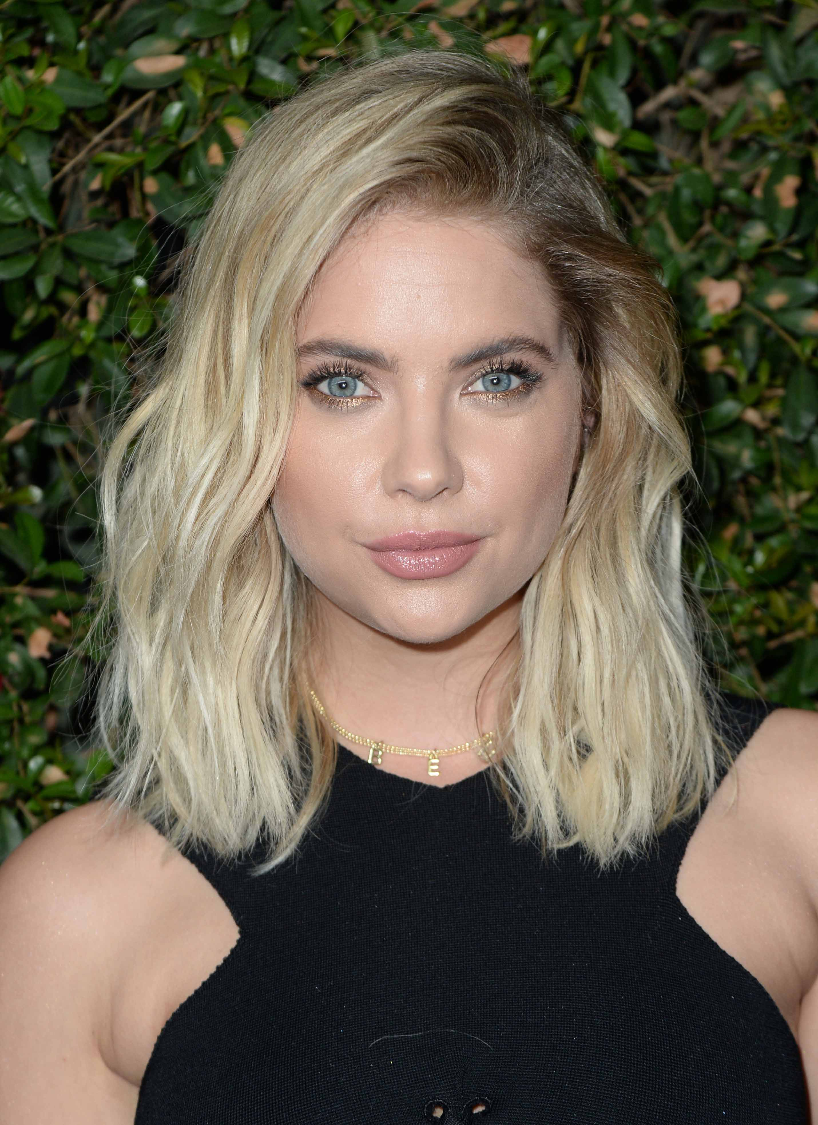 blonde hair with highlights: All Things Hair - IMAGE - Ashley Benson long wavy bob
