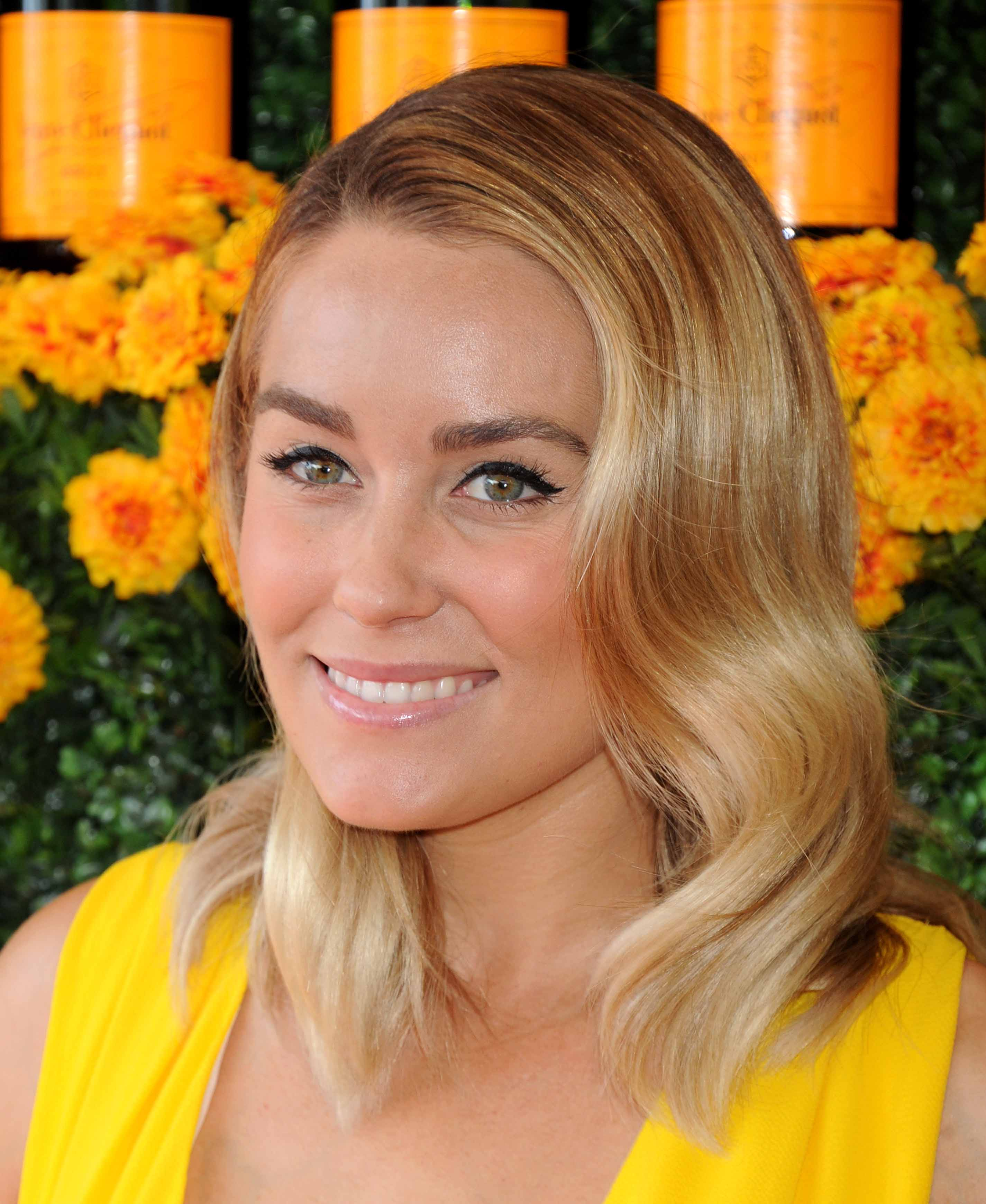 blonde hair with highlights: All Things Hair - IMAGE - Lauren Conrad short wavy lob