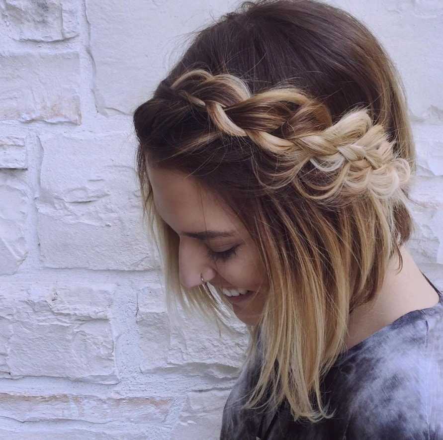 Quick hairstyles for short hair that are perfect for work + school
