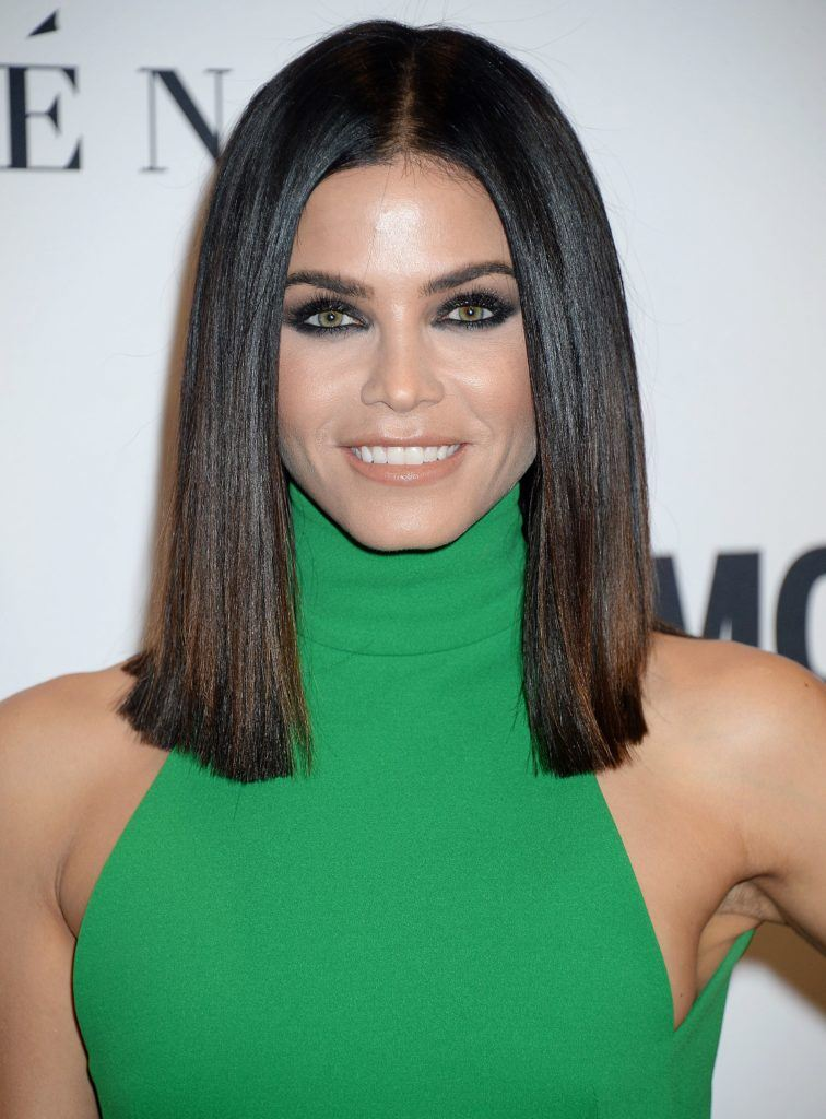 jenna dewan dark hair with a blunt lob haircut and a middle parting