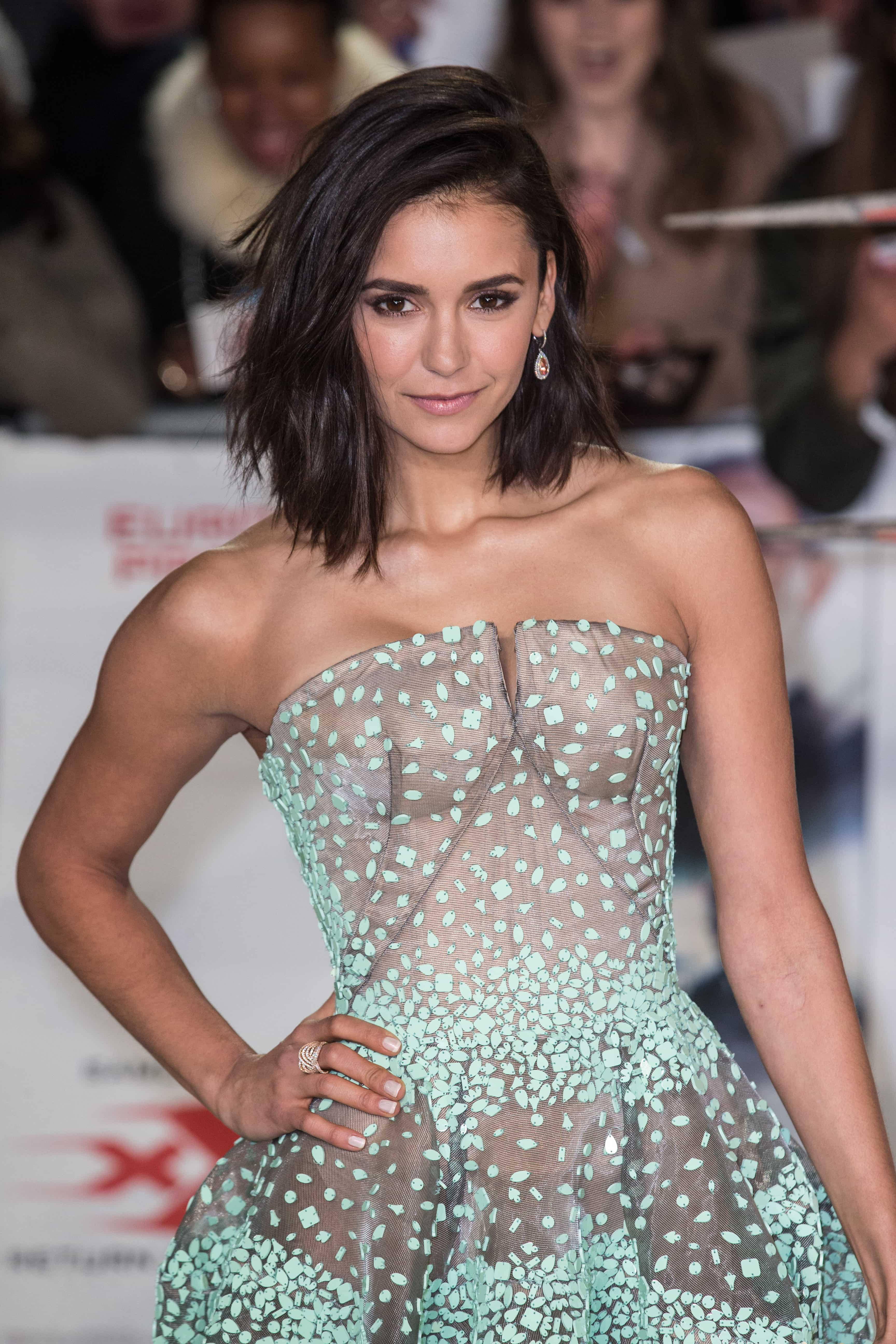 Nina Dobrev cut her hair into a lob and we\u0027re low,key obsessed