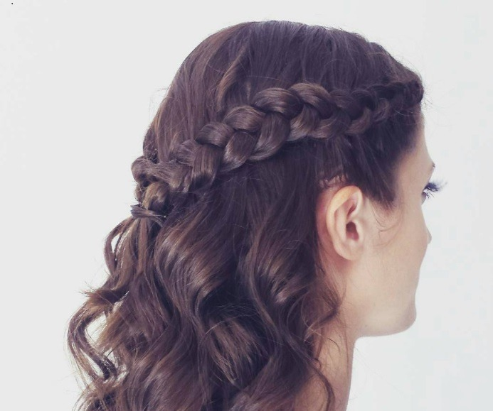 Half Up Half Down Braid Master The Look 6 Easy Steps With Our Tutorial