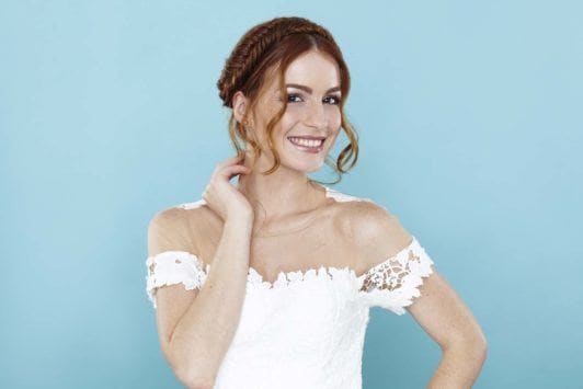 milkmaid plait model with red hair