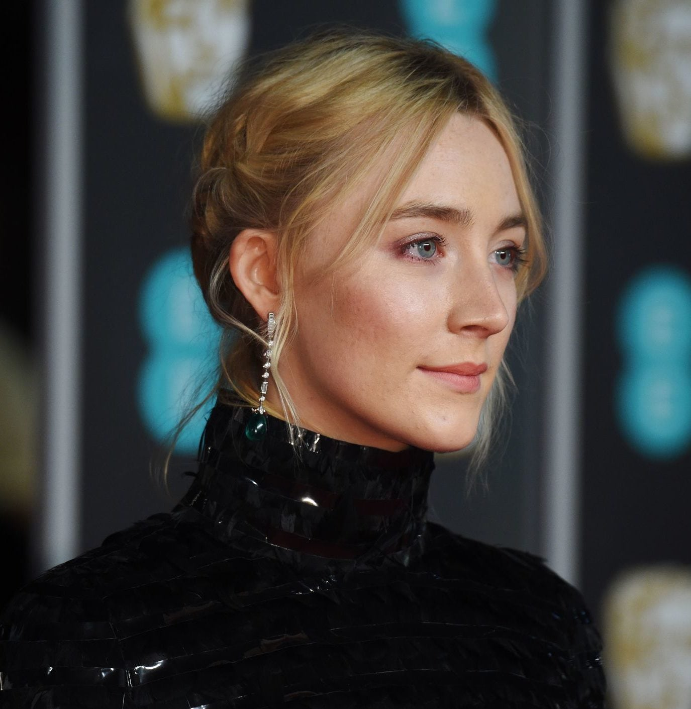 Saoirse Ronan blonde hair red carpet updo