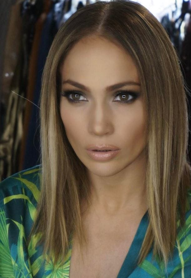Jennifer Lopez reveals new lob hairstyle on Instagram