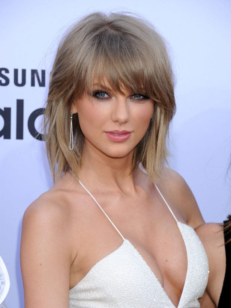 short choppy hairstyles: taylor swift's mullet