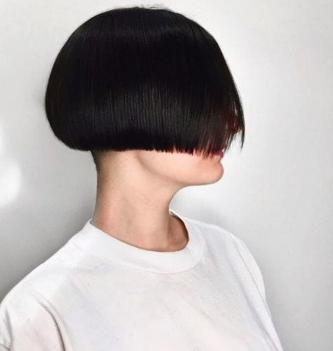 30 Best Mushroom And Bowl Cut Hairstyles For Women In 2021