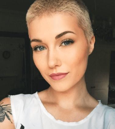 13 Dark Blonde Hair Colour Ideas That'll Take Your Breath