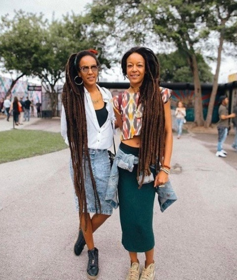 two women with super long dreadlocks