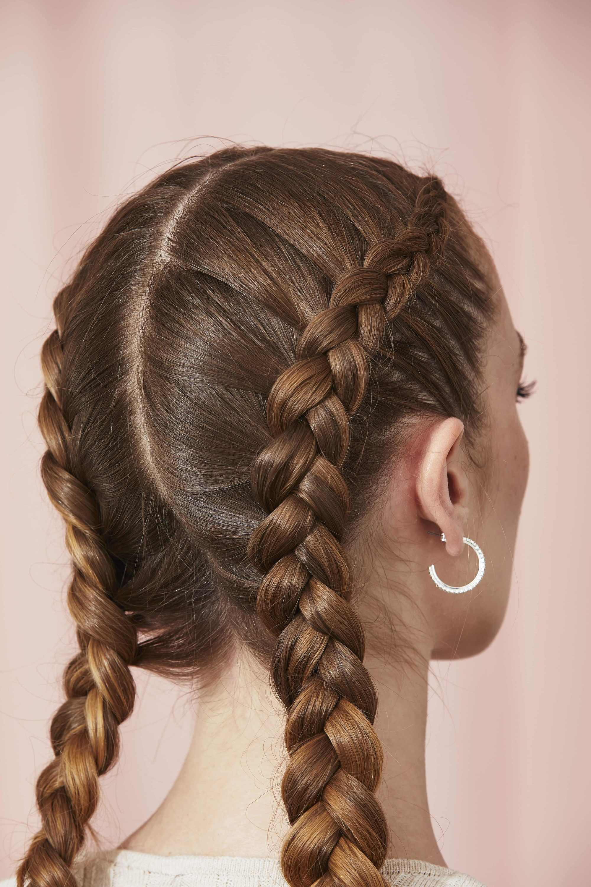 12 Easy Hairstyles for Greasy Hair You Can Wear At Home