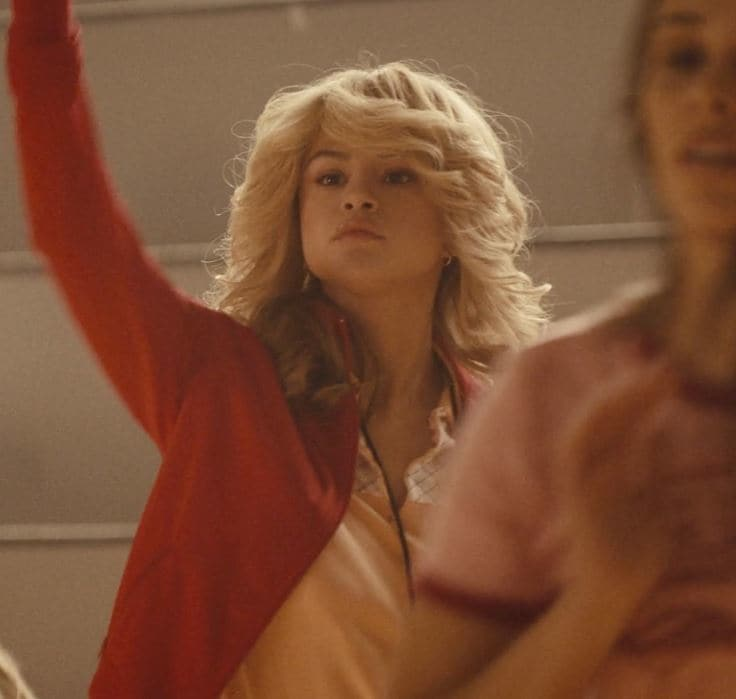 Selena Gomez - Bad Liars Video - Blonde 70s flicked back waves
