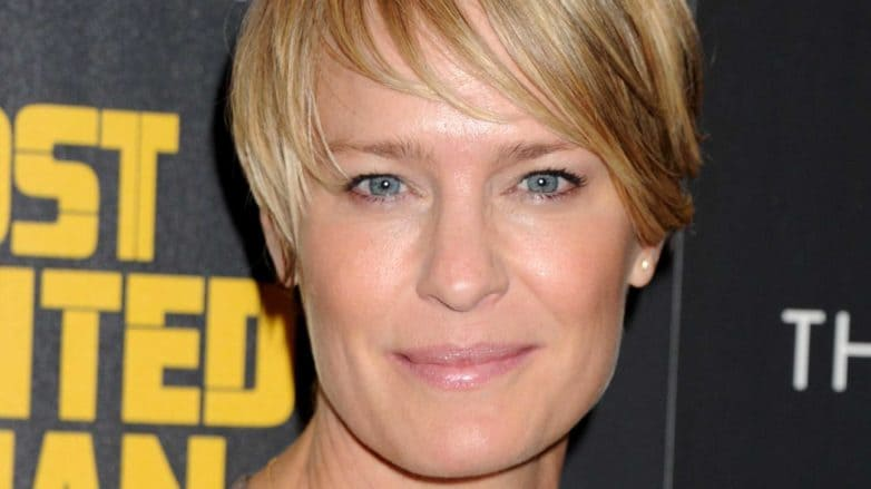claire underwood hairstyle pictures how instagram s best claire underwood inspired hairstyles