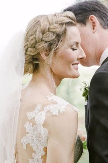 Wedding Hairstyles With Veil.Wedding Hairstyles With A Veil 12 Fairytale Perfect Looks To