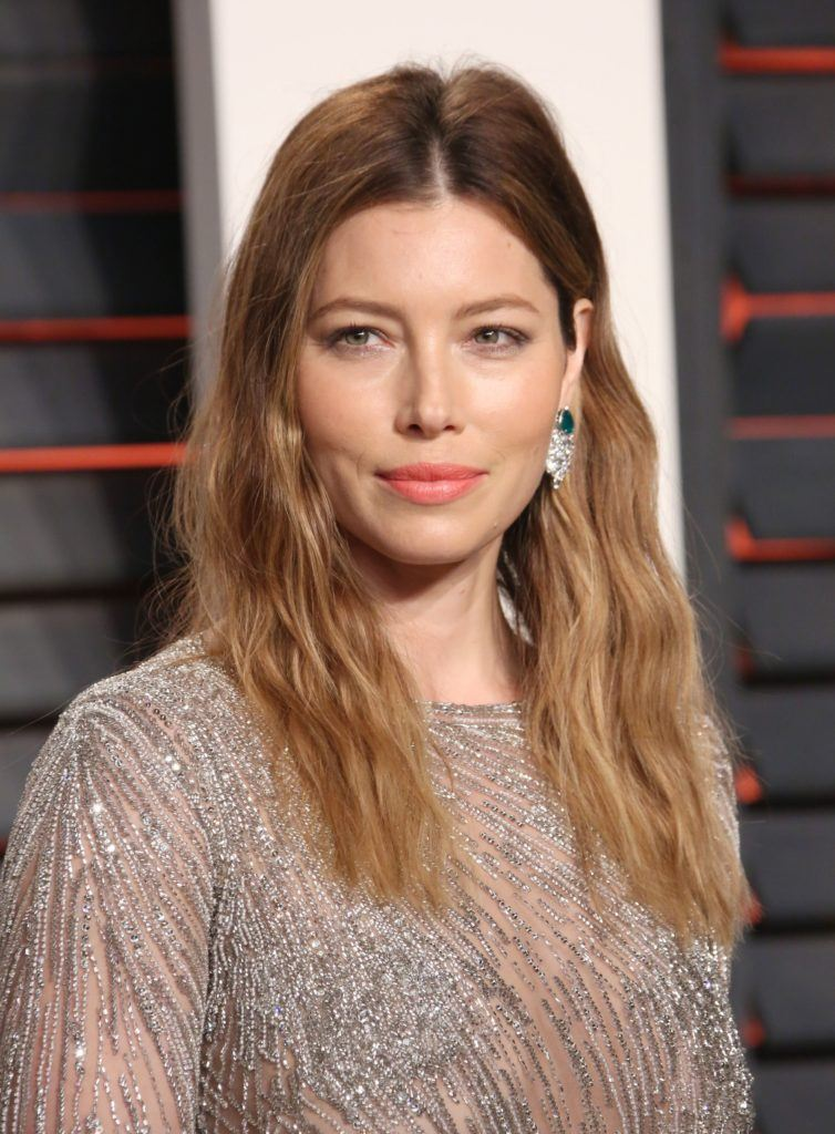 Golden brown hair - Jessica Biel with mid - long wavy tresses and centre part