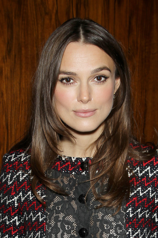Shoulder length layered hair: british actress keira knightley with shoulder length dark hair and medium layers