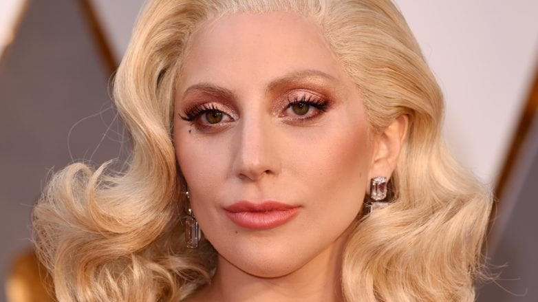 lady gaga with blonde hair at red carpet event