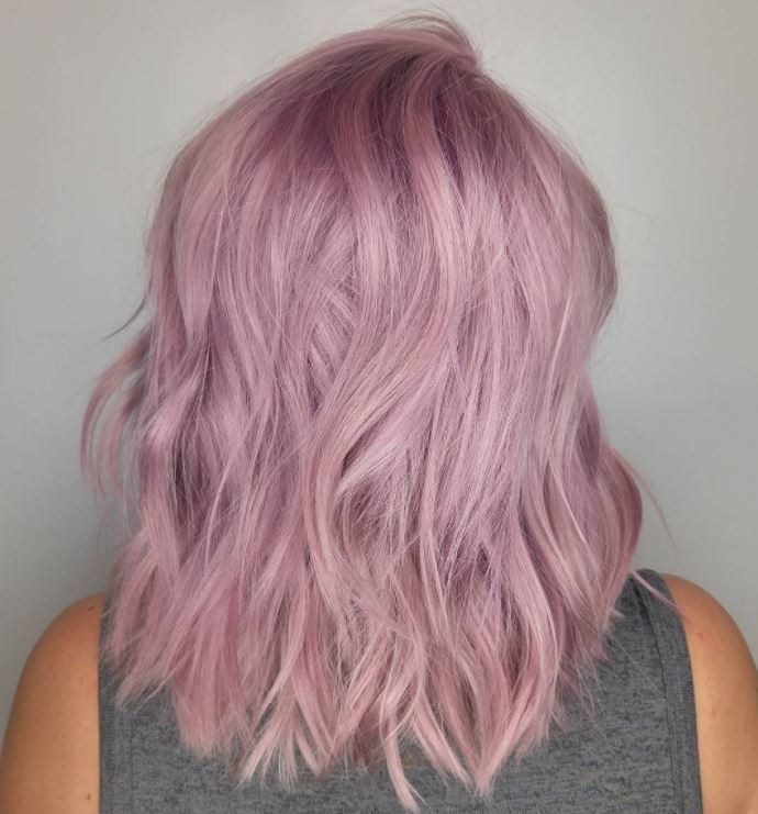 Pastel hair colours - lilac mid length hair with waves