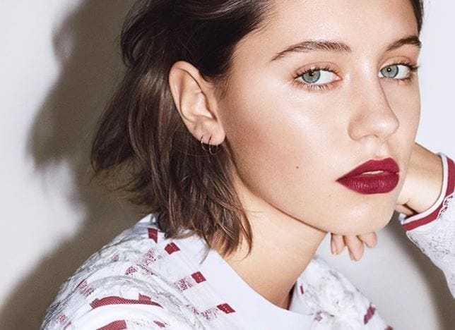 Iris Law in Burberry beauty campaign with long bob brown hair and bold lip colour