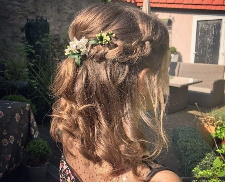 30 Best Half Up Half Down Prom Hairstyles All Things Hair