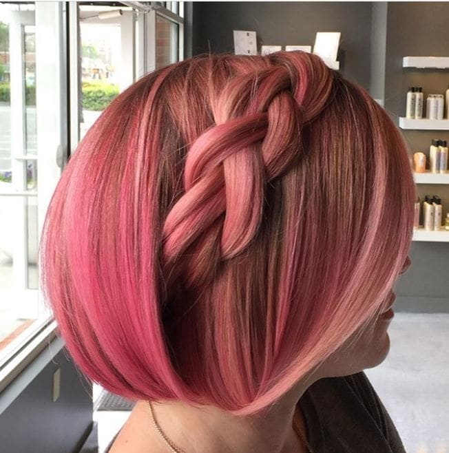 Easy braids for short hair: Side view of pink bob with chunky braid on the side