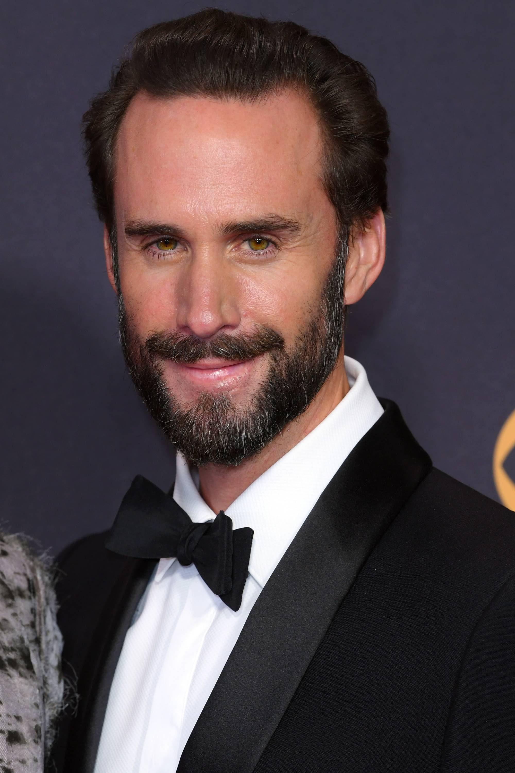 Emmy Awards 2017: Joseph Finnes with dark brown hair smoothed back