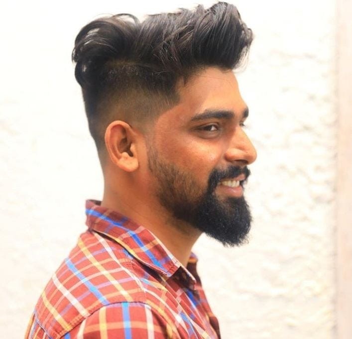 6 stylish side,swept undercut hairstyles for men to try in