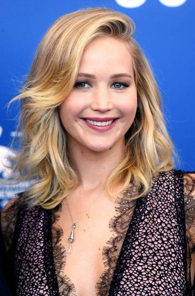 Bangs for fine hair: 6 A-list women who pull off the look ...