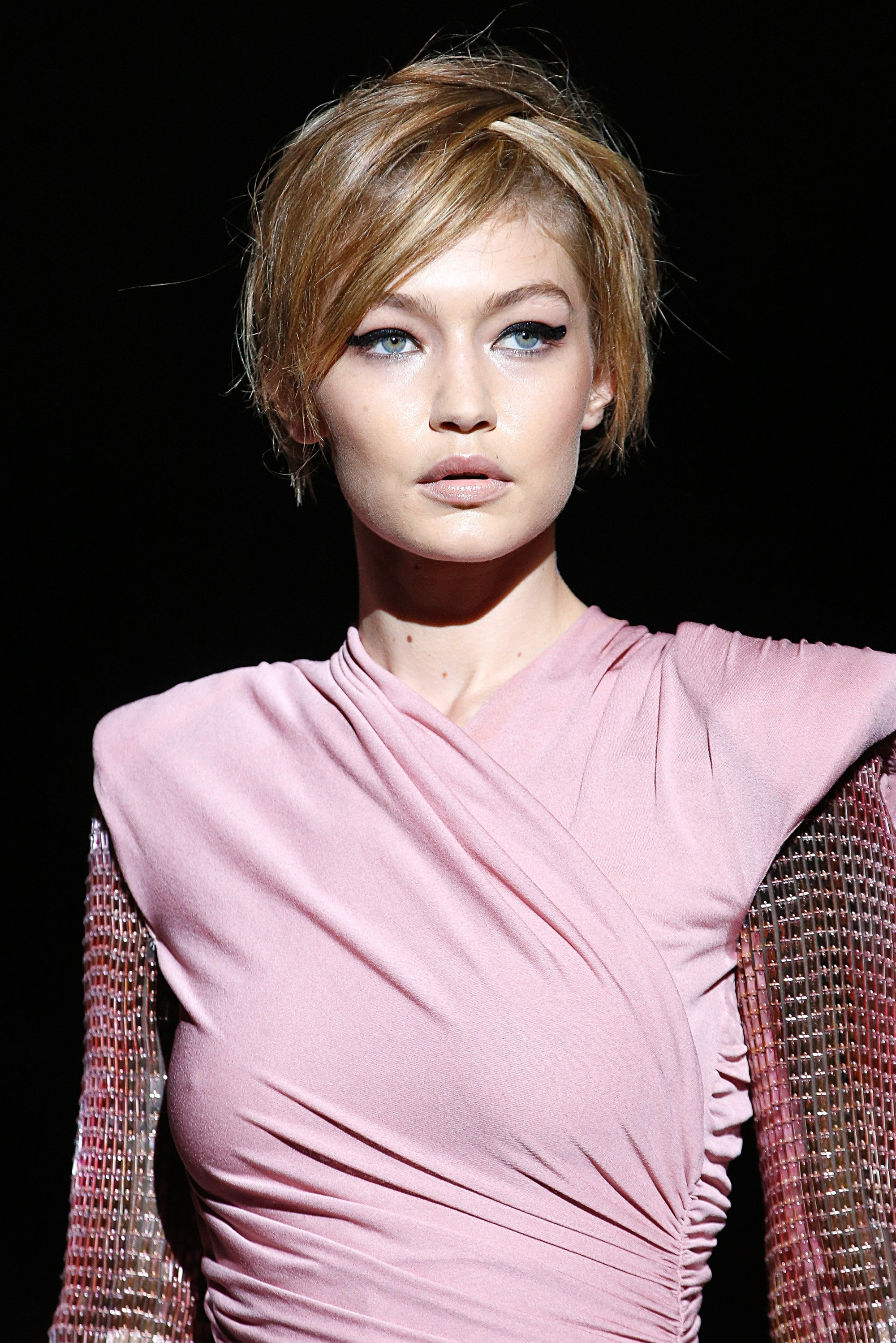 gigi hadid on the tom ford nyfw ss18 runway with short pixie hair