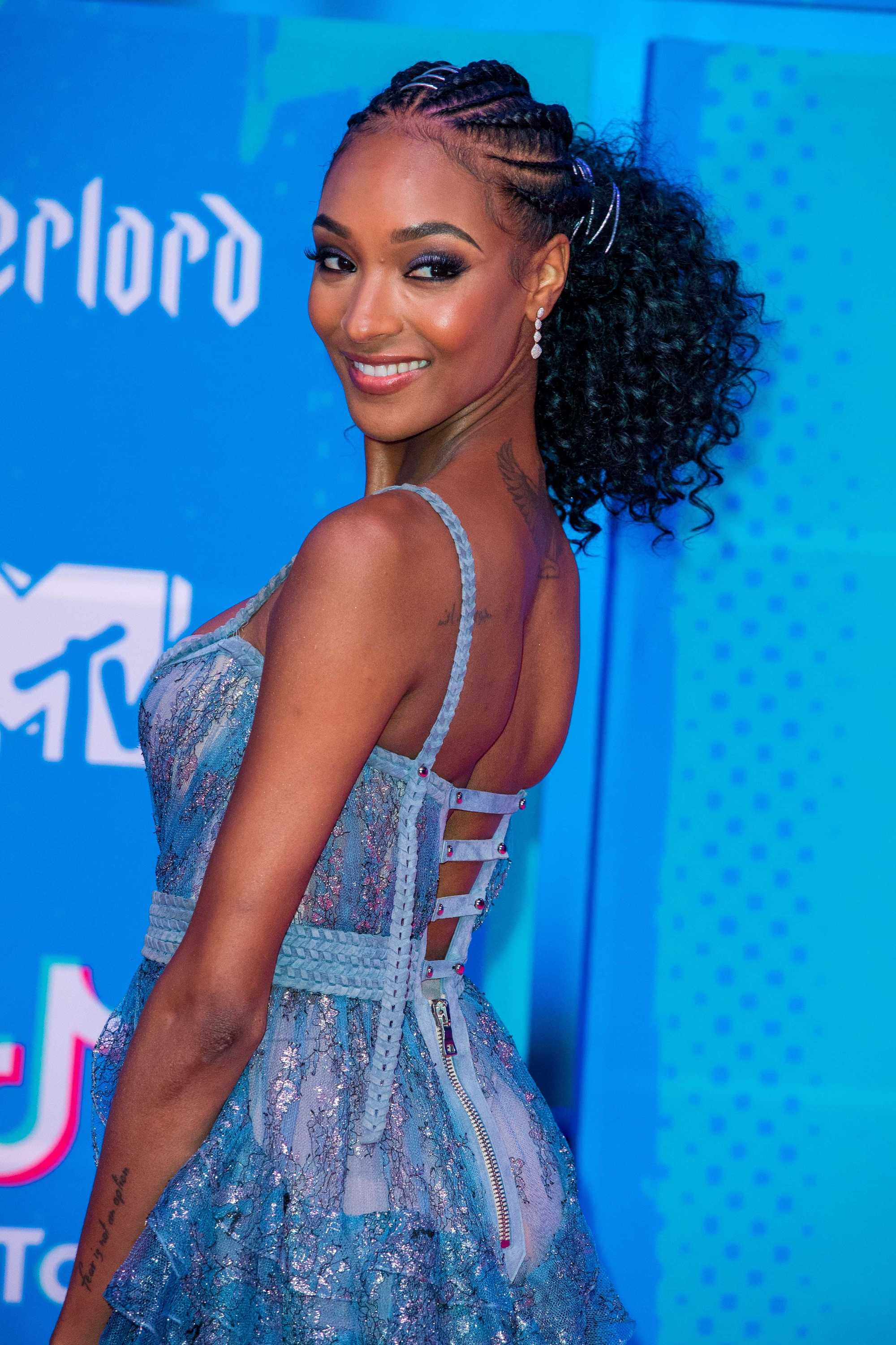 MTV EMAs 2018: Model Jourdan Dunn at the MTV EMAs with her hair in albaso braids and a ponytail