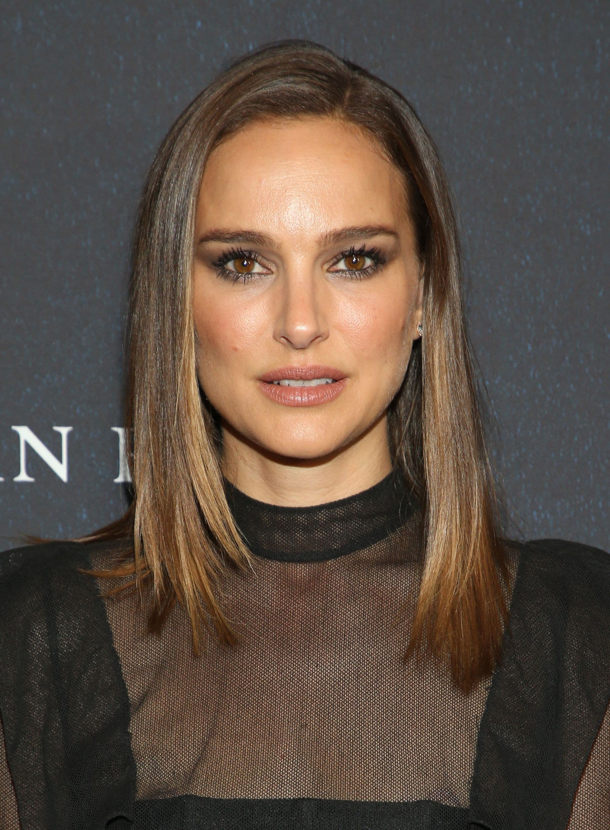 Haircuts for fine straight hair: Natalie Portman with shoulder length straight hair with face-framing layers