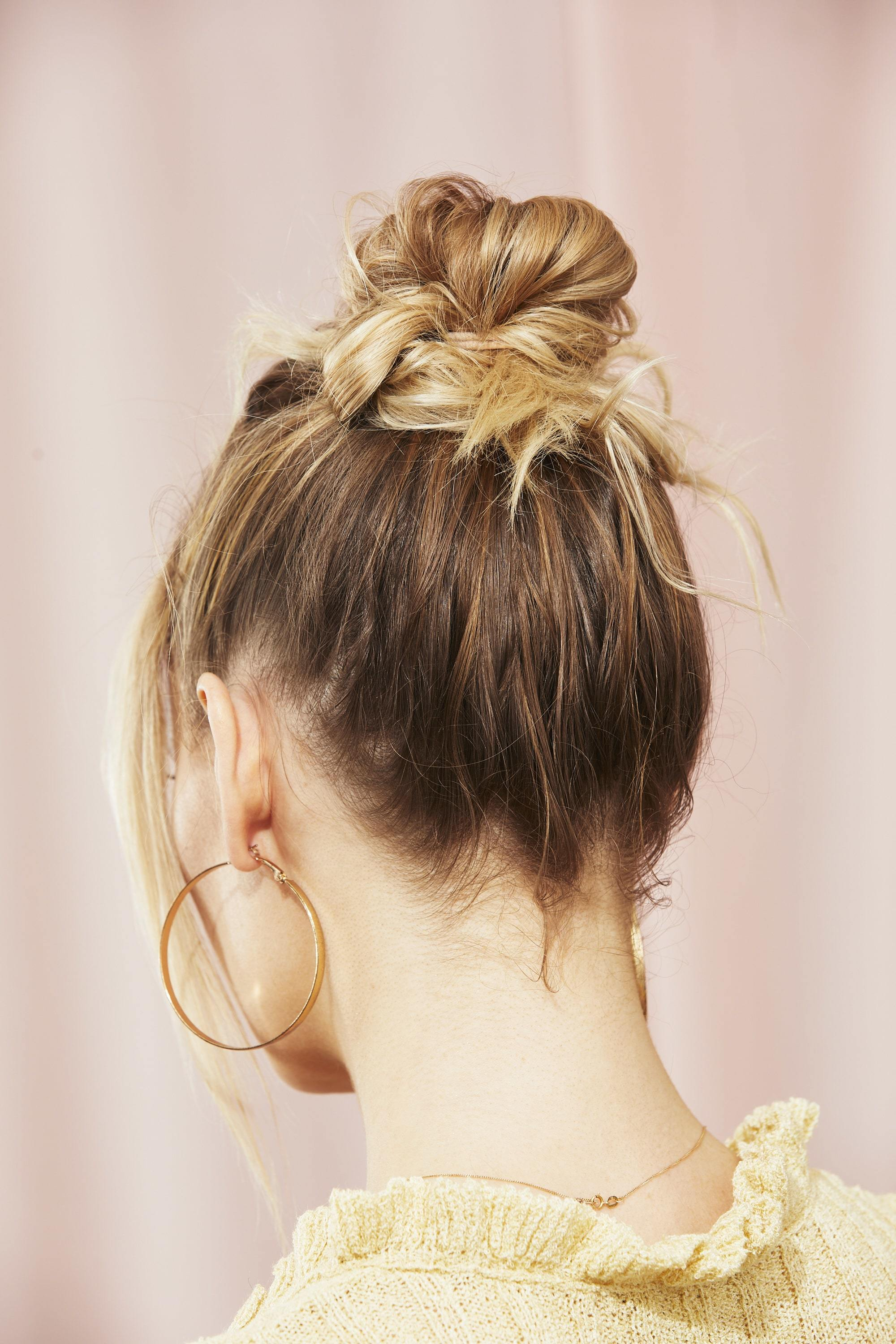 11 Quick And Easy Messy Hairstyles You Can Create At Home