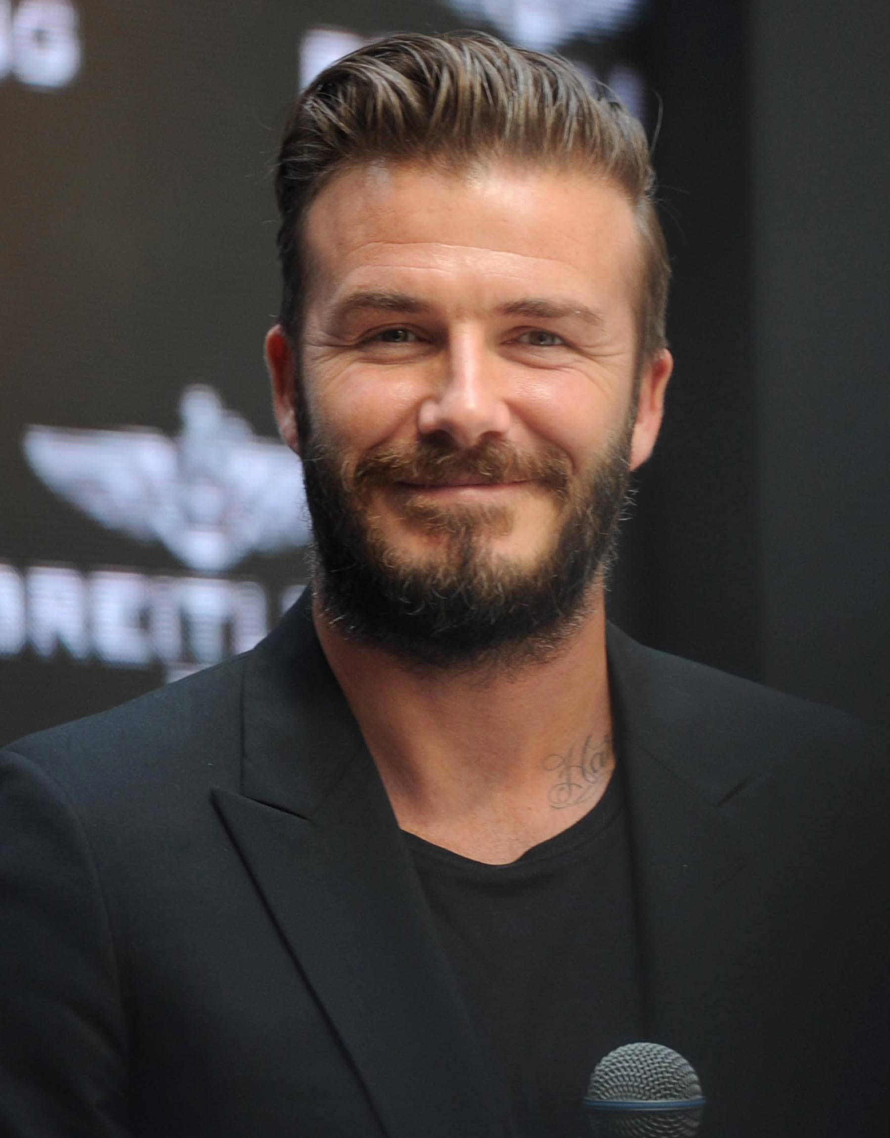 Hair Hits David Beckham S Greatest Hairstyles From Then To Now