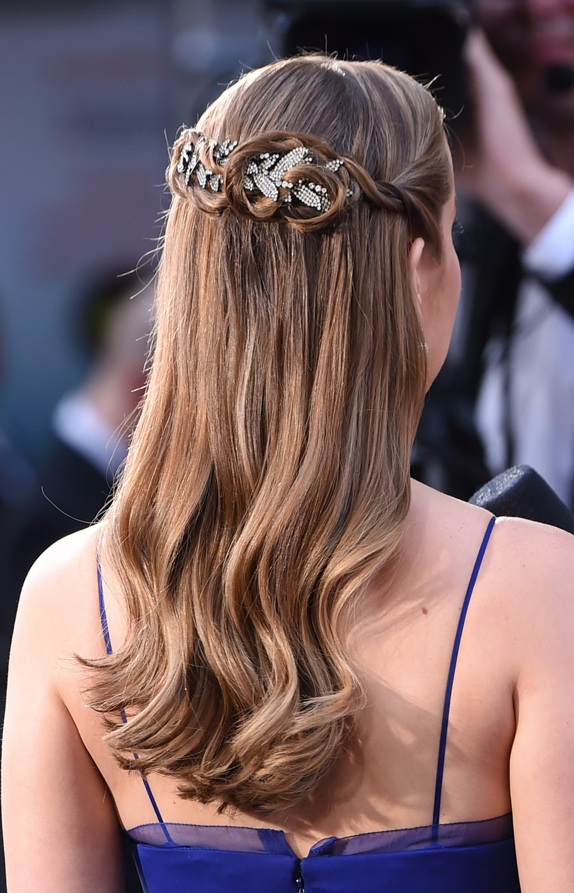 Your 2019 Hair Horoscope: Zodiac Hairstyles and More! | All