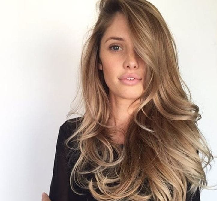 18 Sexy And Easy Night Out Hairstyles For Parties Or Date Nights