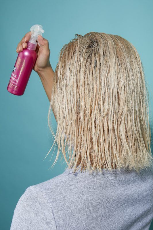 How to blow dry short hair tutorial blonde girl with wet hair