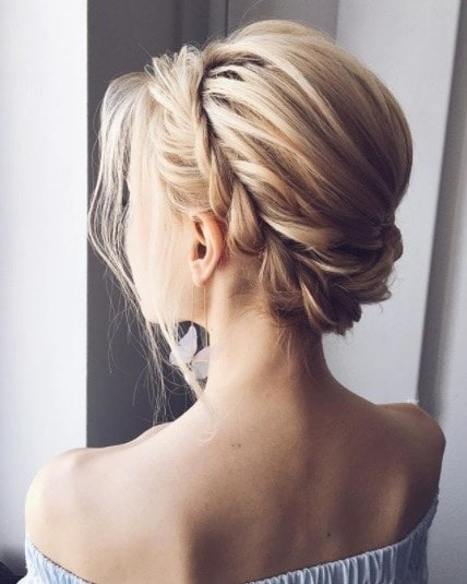 10 Classic Prom Hairstyles Up Looks You Can Wear To Any