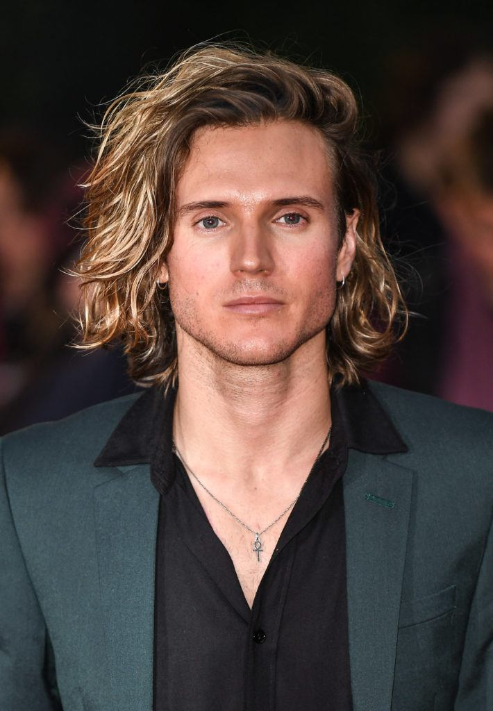Surfer Hair For Men 8 Laid Back Looks For 2020