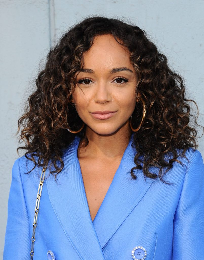 15 Mane Changing Hairstyles For Fine Curly Hair You Have To See