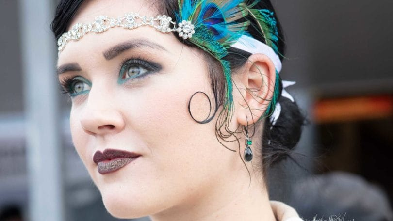13 Best Flapper Hairstyles For Long Hair