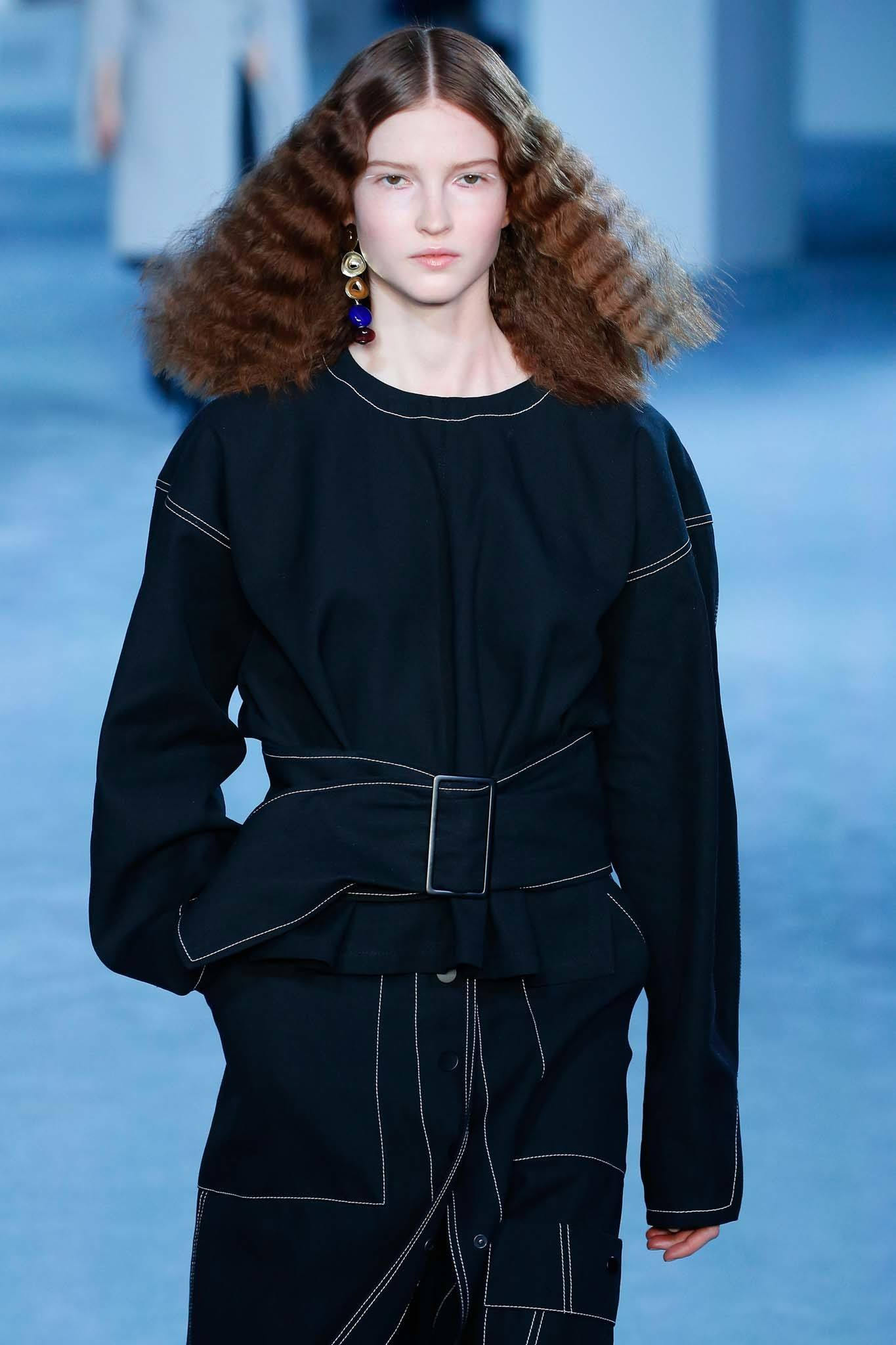 NYFW Catwalk Trends: Model on 3.1 Phillip Lim FW19 runway with brown crimped shoulder length hair.