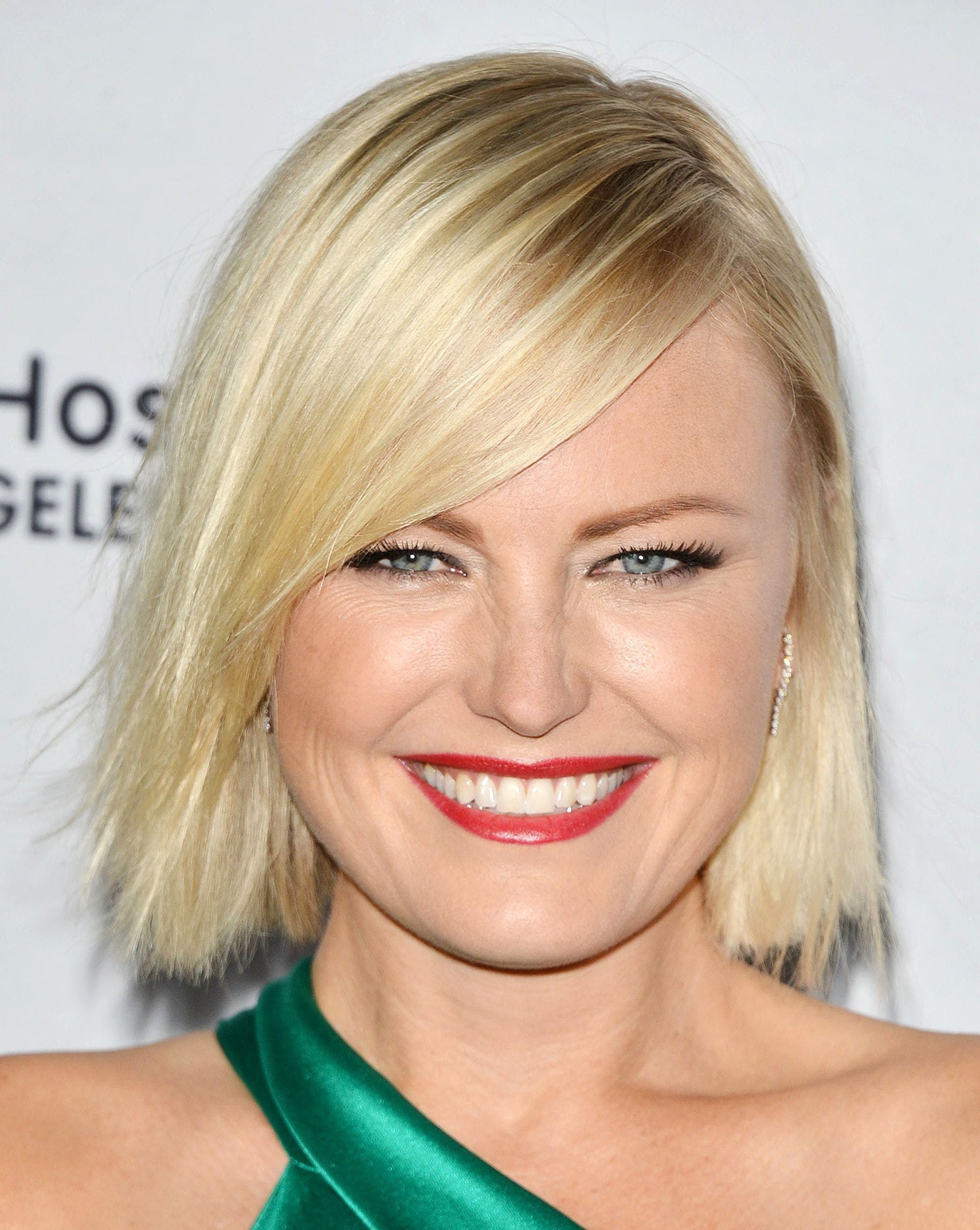 Malin Akerman with short blonde straight bob with side fringe