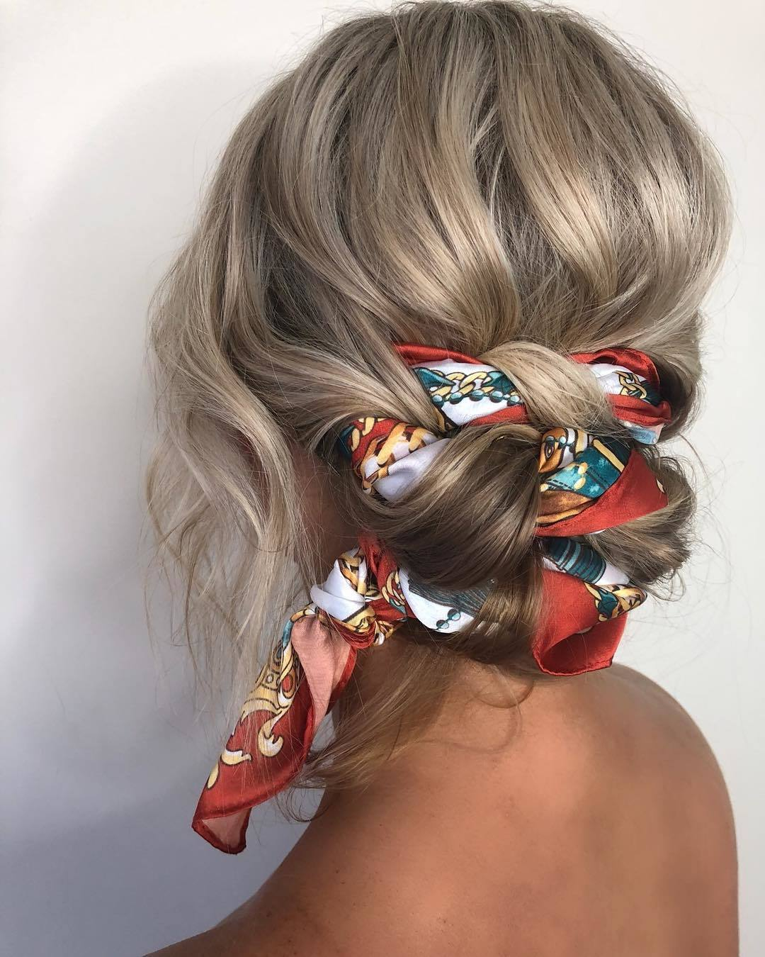 11 Hot Bandana Hairstyles and Headband Looks to Copy (11 Update)