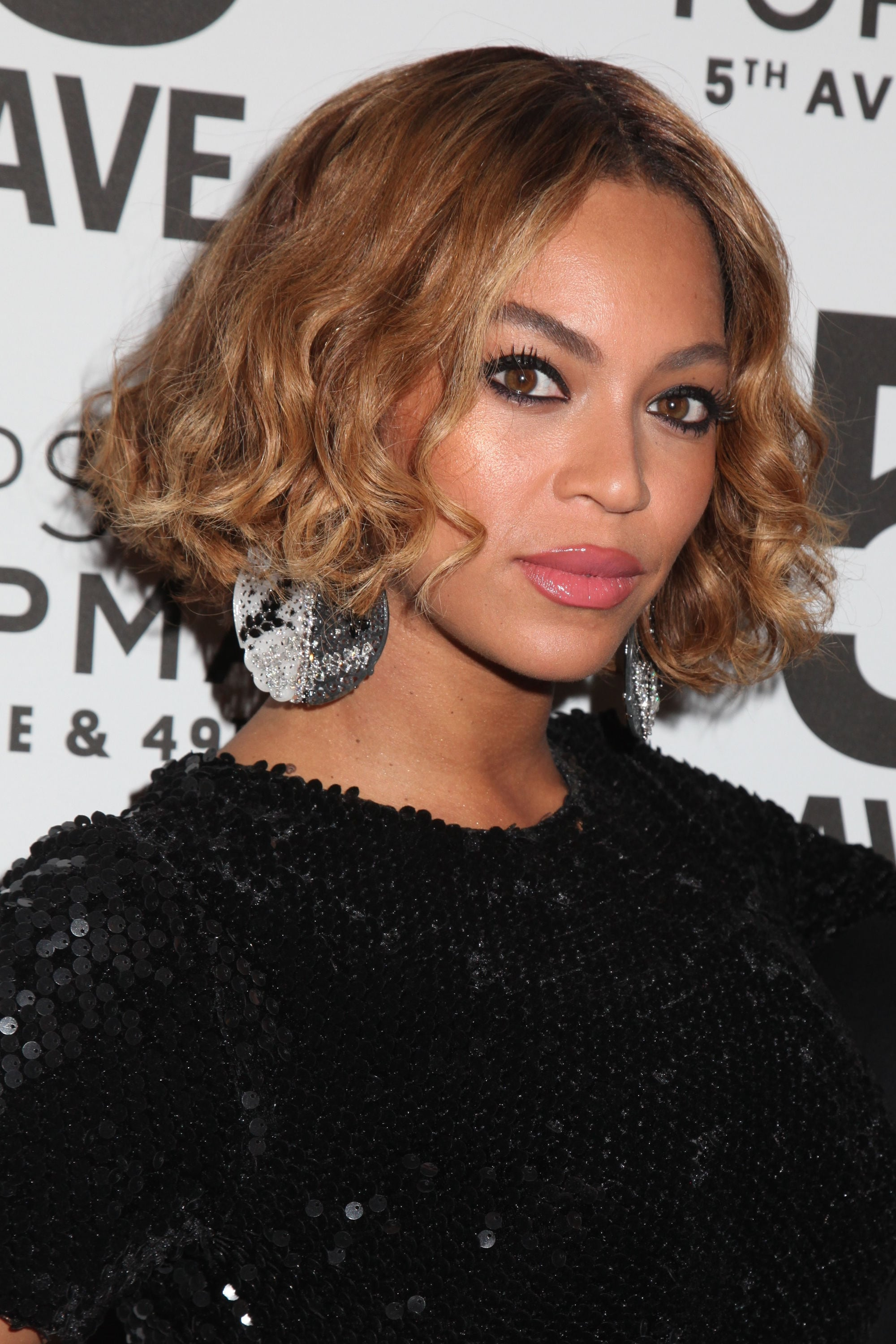 Beyonce with a toffee brown wavy bob