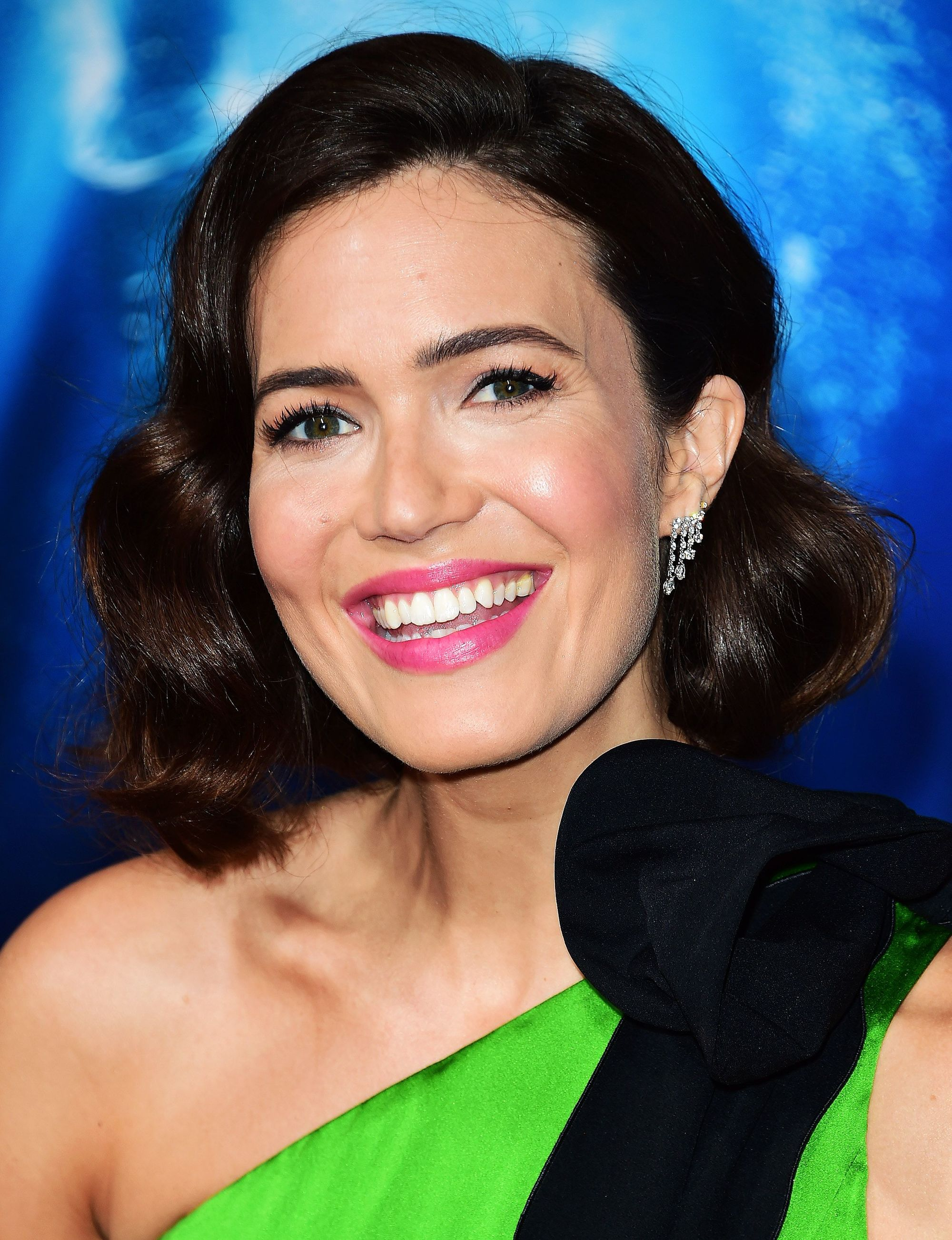 Mandy Moore with a brunette wavy bob