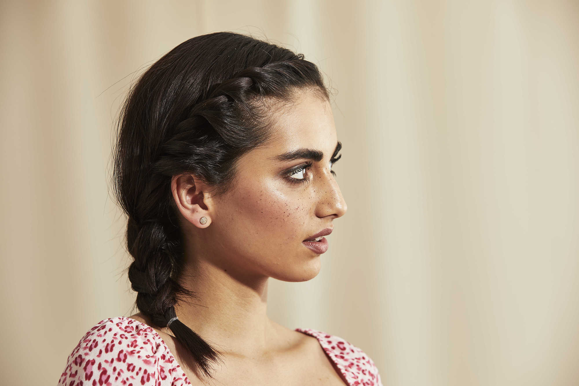 Woman with shoulder length side braid