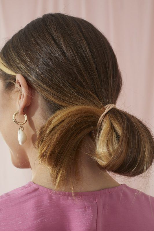 26 Easy Hairstyles For Long Hair You Can Actually Do On Yourself