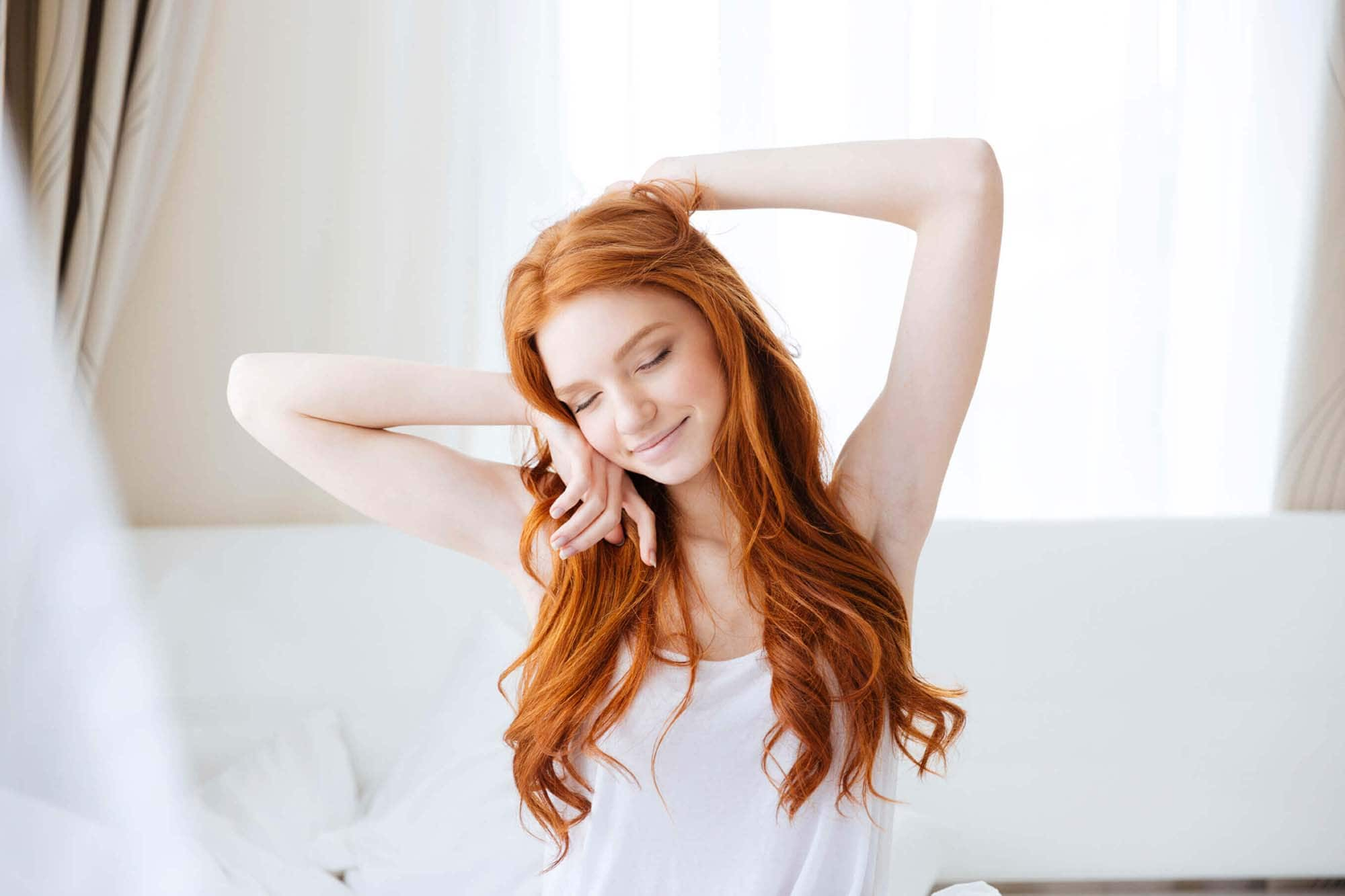 trucos para afinar el cabello peliroja