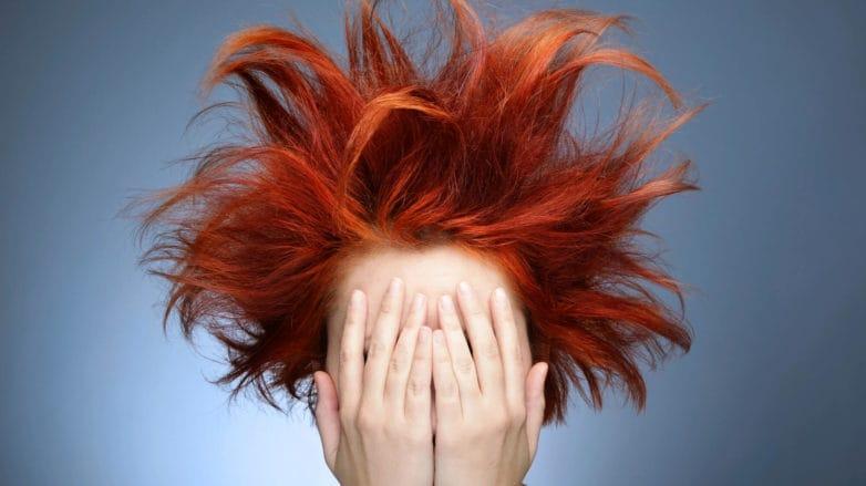 cabello teñido pelo naranja