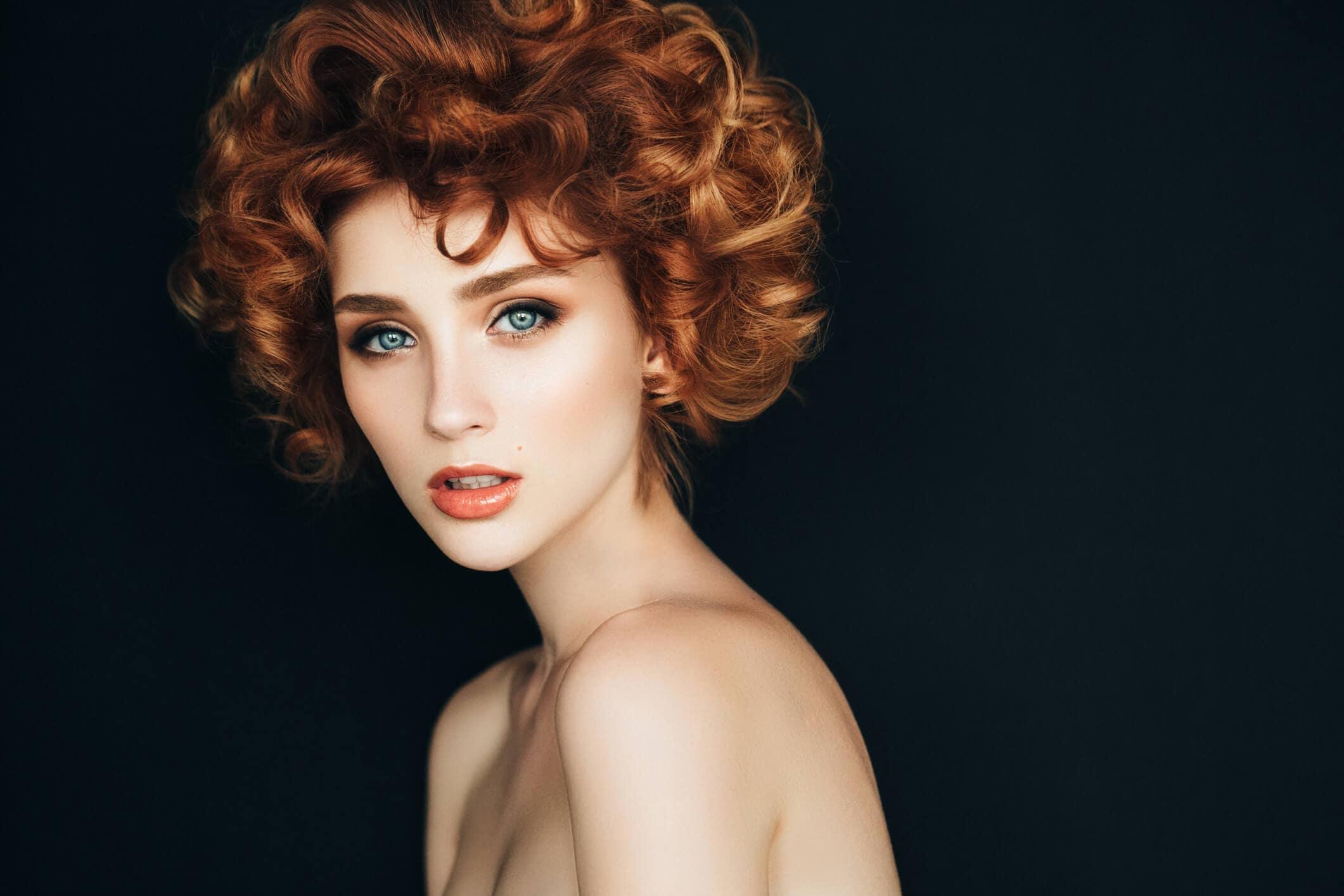 rizos de las famosas pelo rojo
